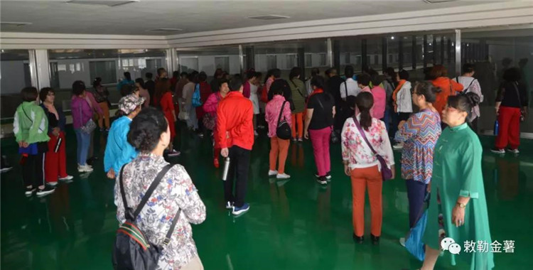 2018年9月田丰农牧公司又迎来了包头市的游客们 (7).jpg