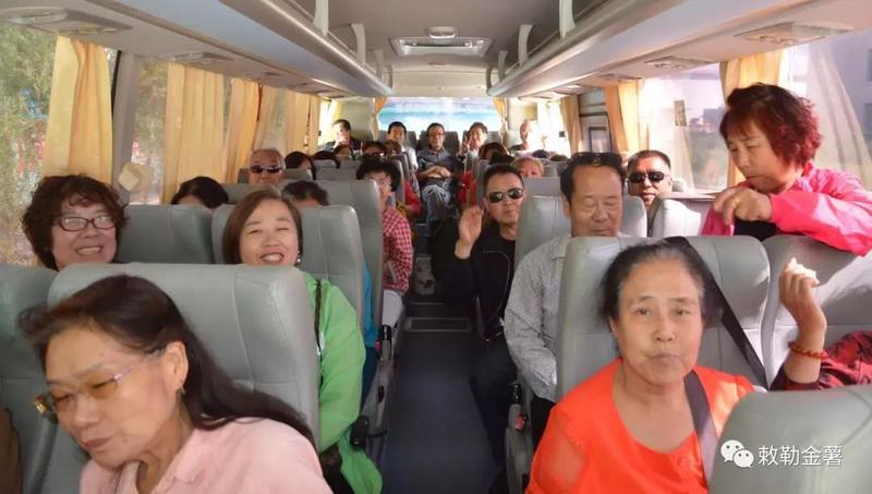 2018年9月田丰农牧公司又迎来了包头市的游客们 (1).jpg